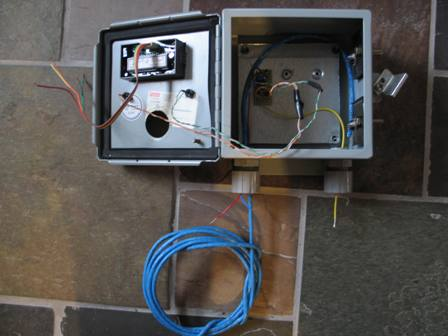 Dump Load Charge Controller inside